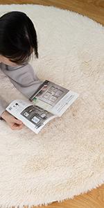 圆形绒毛地毯