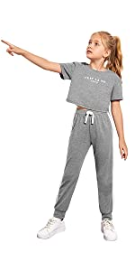 Romwe Girl's 2 Piece Outfit Short Sleeve Crop T Shirt and Sweatpants Set
