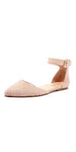 Pointed toe flat sandals