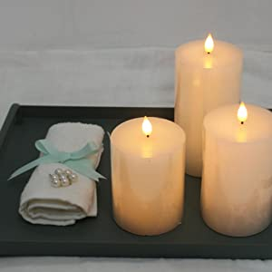 Electronic candles are placed on the green candle tray