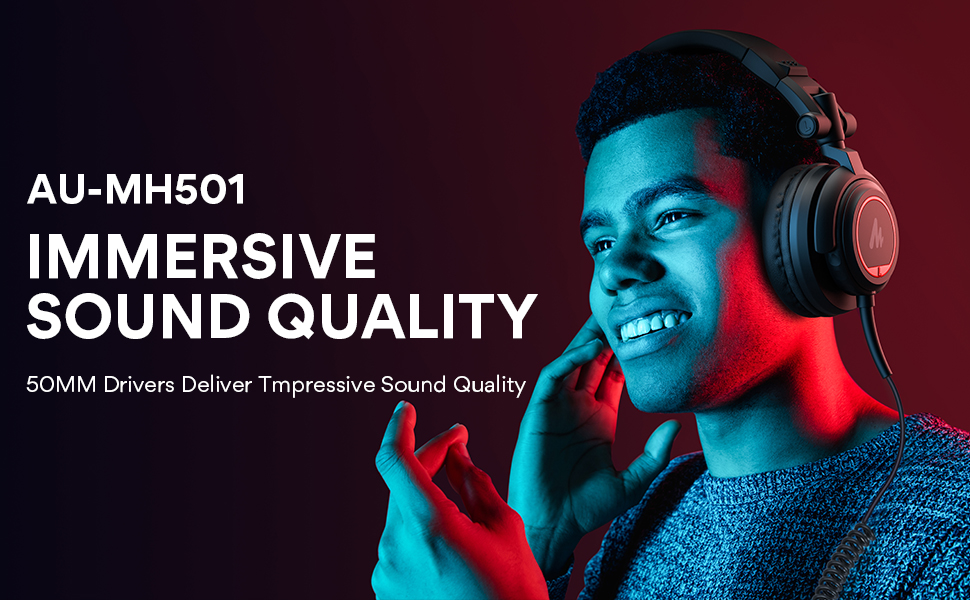 over the ear studio monitor  headphone for singing, gaming