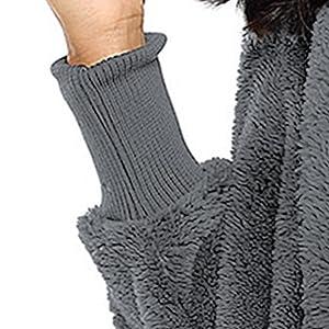 Threaded cuffs-Keep warmer