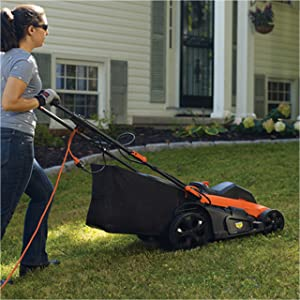 Choose from mulching, bagging, or side discharge modes.
