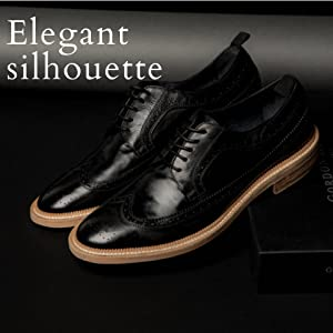 Classic and elegant silhouette Bryce in Black leather