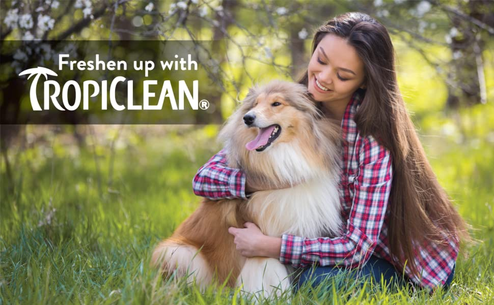 TropiClean Sweet Pea Tangle Remover Spray for Pets