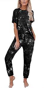Womenamp;amp;#39;s 2 Piece Tie Dye Printed Sweatsuit