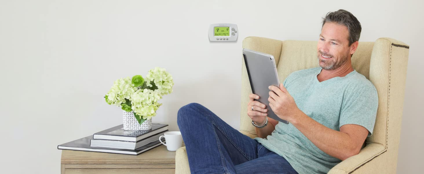 Programming the Wi-Fi 7-Day Programmable Thermostat