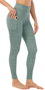 Leopard yoga pants