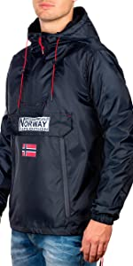 Rain jacket in navy with Norway flag on the chest