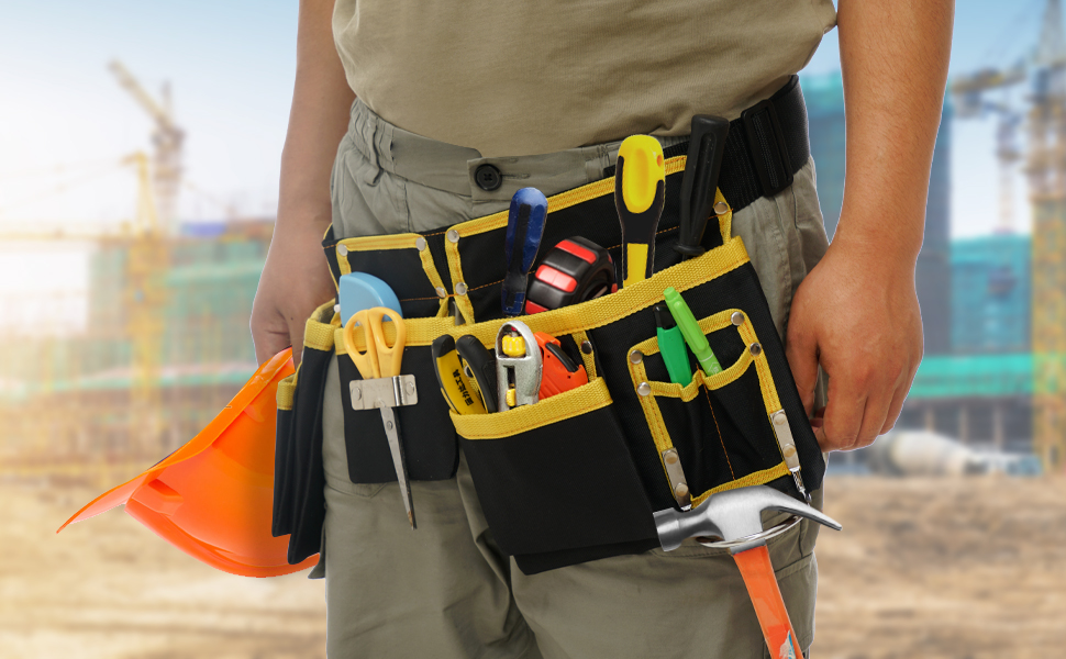 Tool belt bag usage diagram, the background is a construction site
