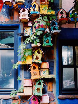 Hanging Bird Houses for Outdoor-Patio Garden Decorative Wooden BirdHouse