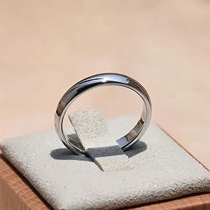 14K white ring