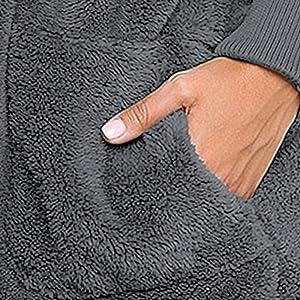 2 Side Pockets- Possess an ergonomic pocket angle design.