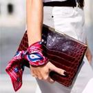 hand scarf