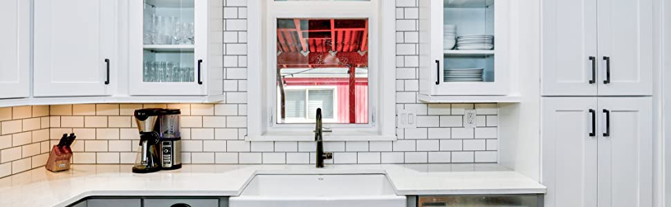 Tic Tac Tiles Subway Mono White in a Kitchen Backsplash