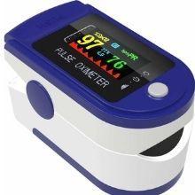 KZED pulse oximeter displying readings