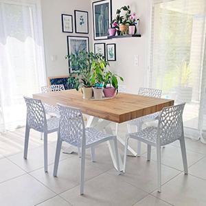 Table Emma finition Bois Rustique avec Pieds Blancs