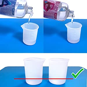 Use a silicone measuring cup to measure A Resin and B Hardener at a volume ratio of 1:1.