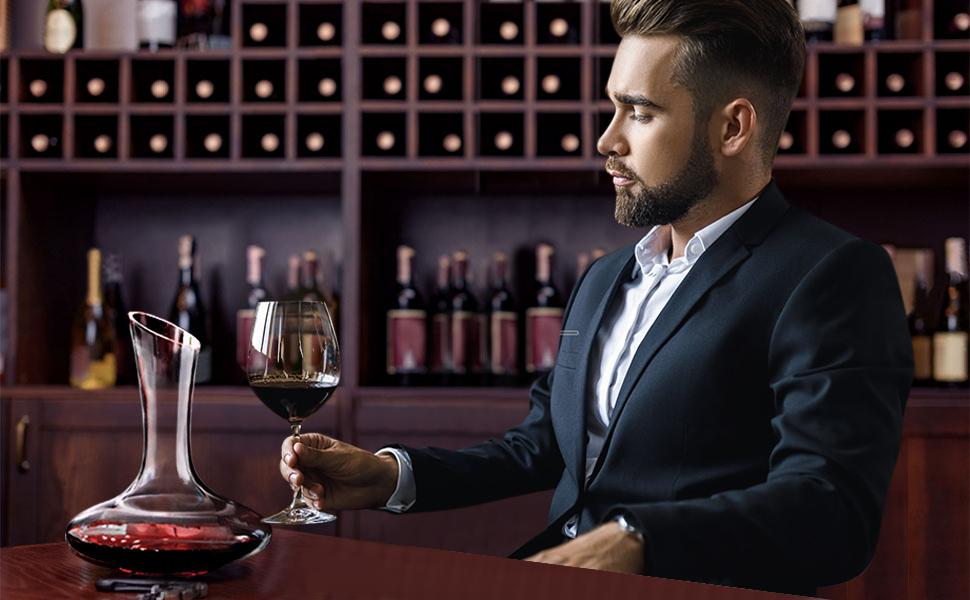 PUZMUG wine decanter is designed to aerate and oxygenate wine.