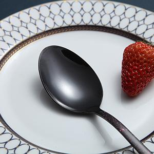 With smooth edge and suitable size, our spoon will not hurt your mouth and lip.