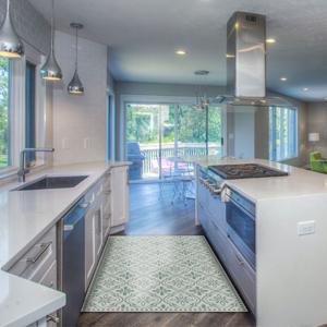 Carolina Creek House - Compliment Your Decor