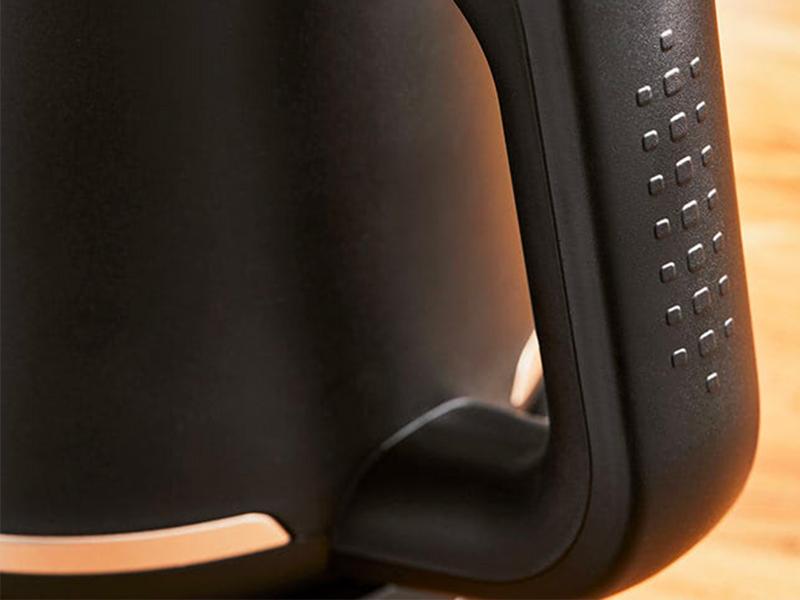 La manipulation a été améliorée grâce à un poids idéal et à une meilleure ergonomie.
