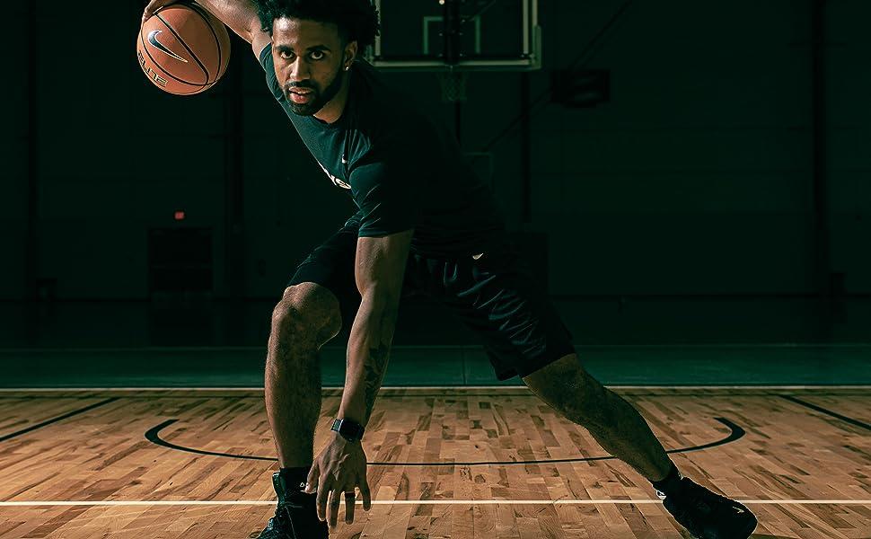 Joel Berry II playing basketball