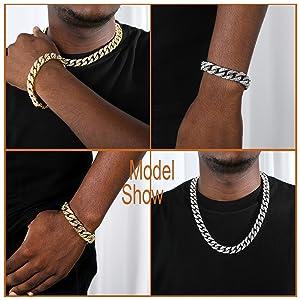 Miami Cuban Necklace Bracelet Set model show