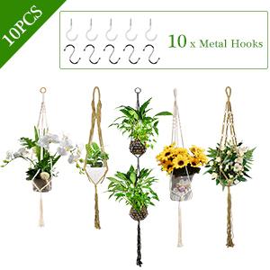 10 Metal Hooks