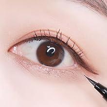 flat eyeliner 2