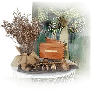 Mise en situation du coffret en bois de pin Maison Paul