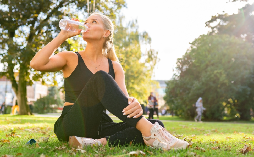 lightweight joggers for women
