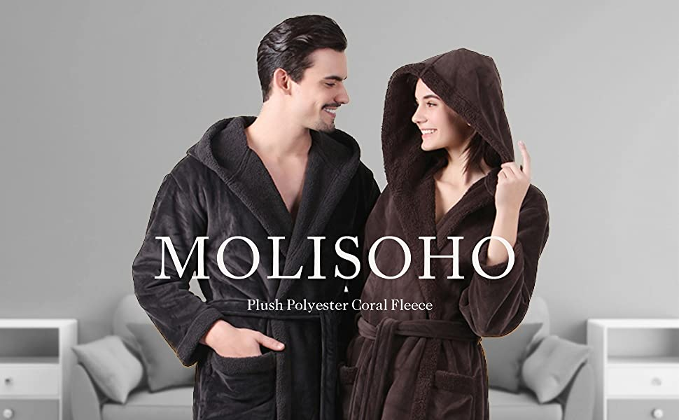 Enjoy luxurious comfort after every shower, thanks to this bathrobe.