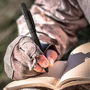 Tactical Pen with ballpoint pen
