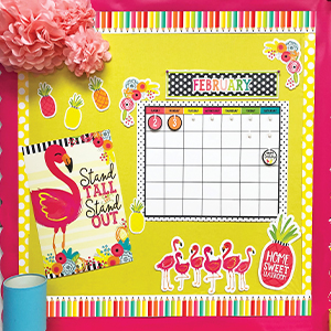 Ways to decorate a bulletin board using borders
