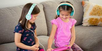 volume limiting headphones for kids tablets