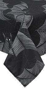 Bat tablelcoth