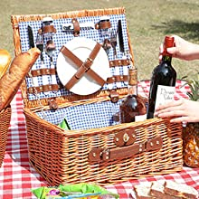 Large basket capacity, easy to put down wine snacks.