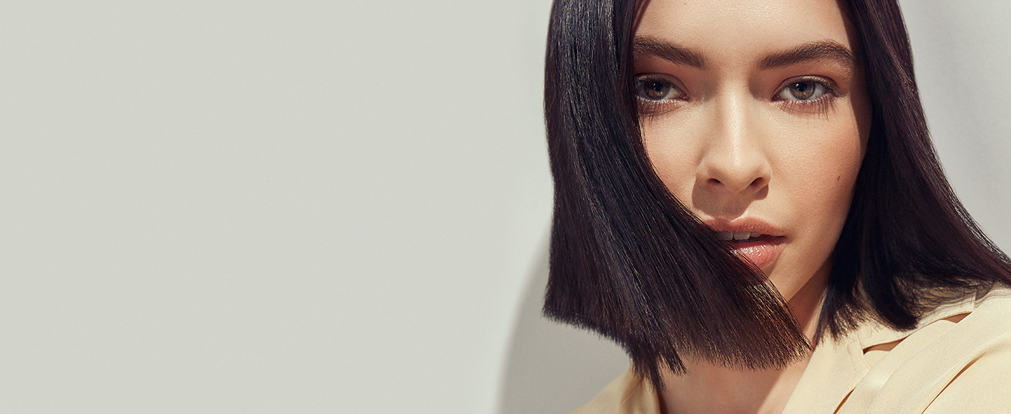 Model image with short, chin-length hair.