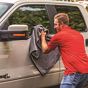 extra-large microfiber drying towel. super absorbent holding up to 5lbs of water. machine washable