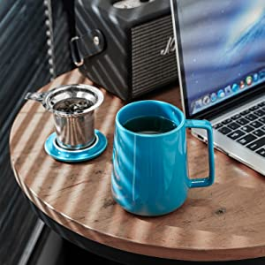 tea cup with infuser and lid