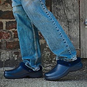 Mens garden clogs lined fluffy warm fleece lining soft winter garden shoes cosy comfortable