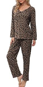 pajamas sets