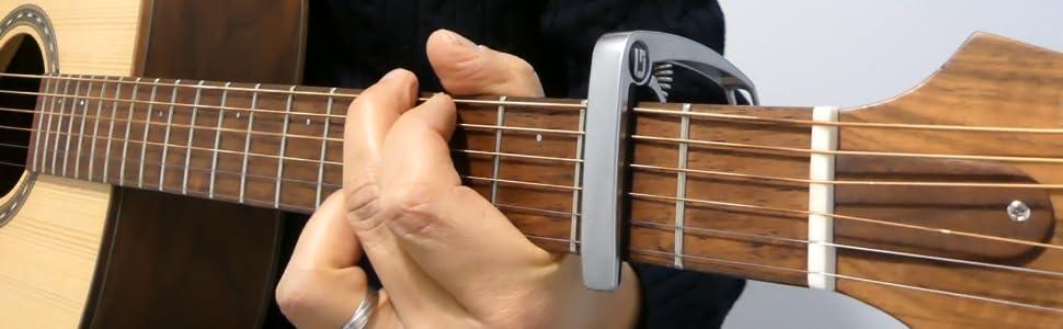 Capodastre GuitarLive : l'accessoire guitare pas cher et indispensable