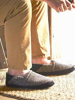 acorn mens moc collapsible heel