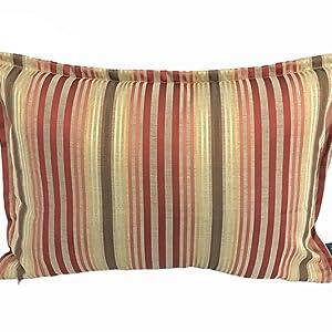 Bunte Kissenbezüge aus Seidensatin mit Streifen