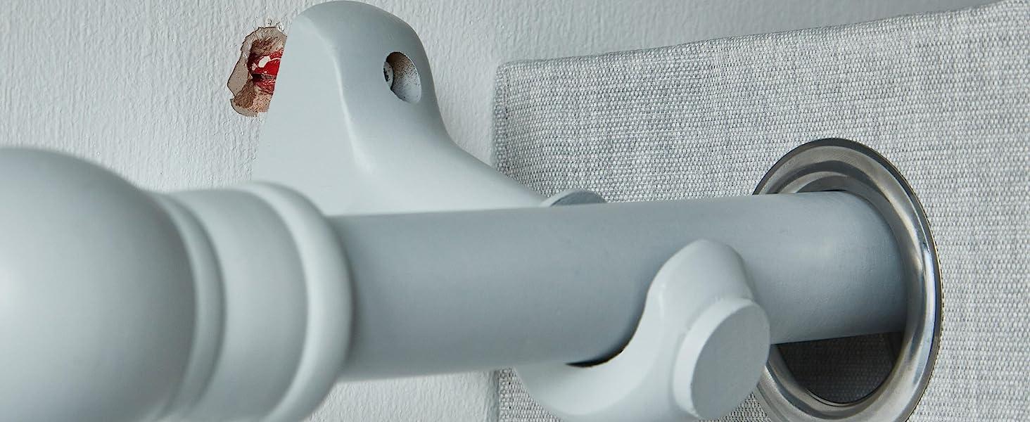 Loose curtain rail