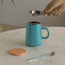 tea mug with steeper and lid