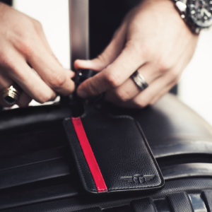 luggage tags for men