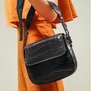 women Wrist bag